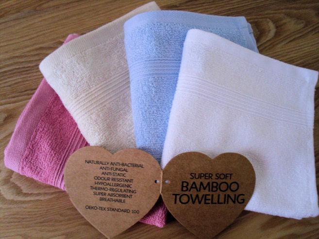 Bamboo Face Cloth Elegance Towel Range Green Bear